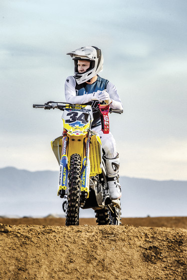 Max Anstie | Prime Pro Cast Midnight/White Kit & REFLEX Cast Helmet
