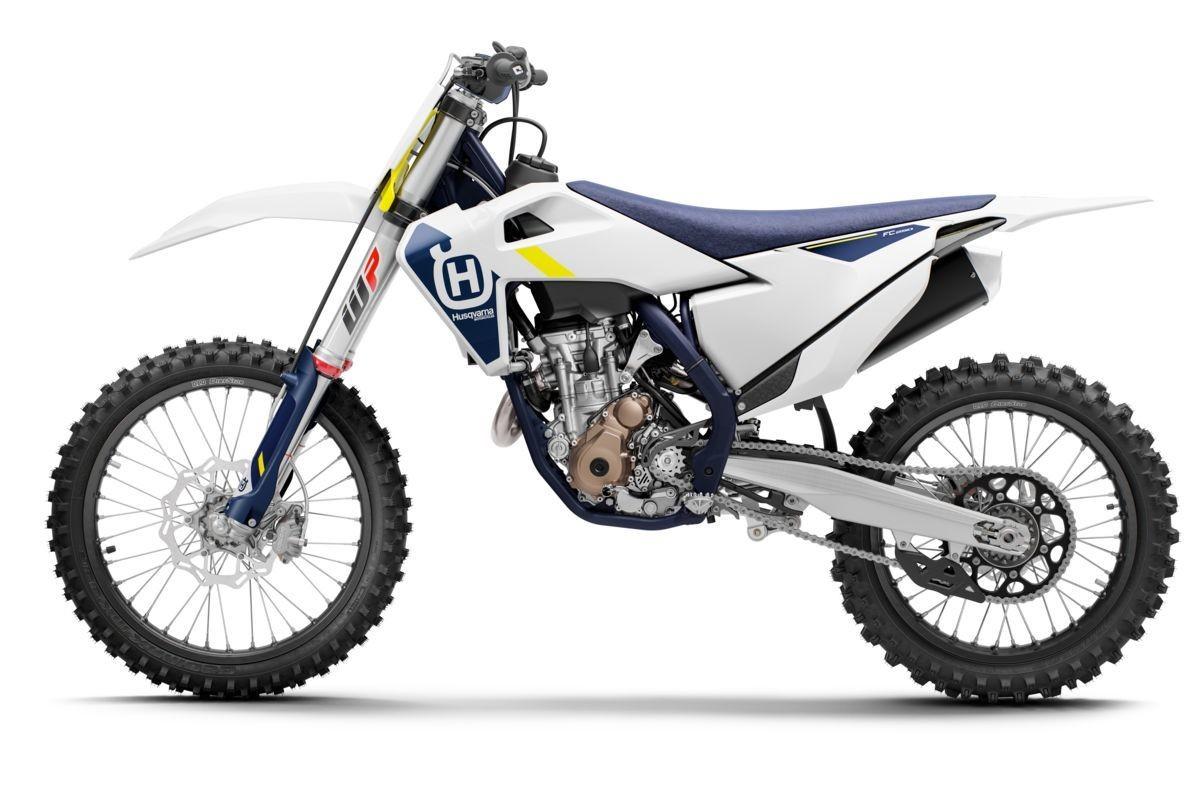 2022 FC 250