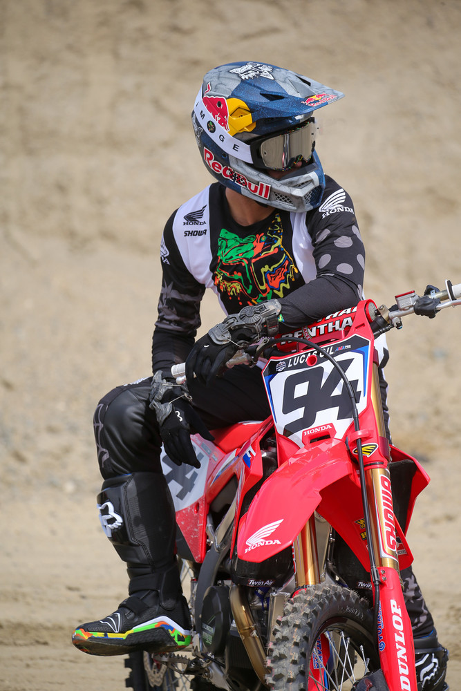 Fox had some new goods for the start of the season (modeled here by Ken Roczen).