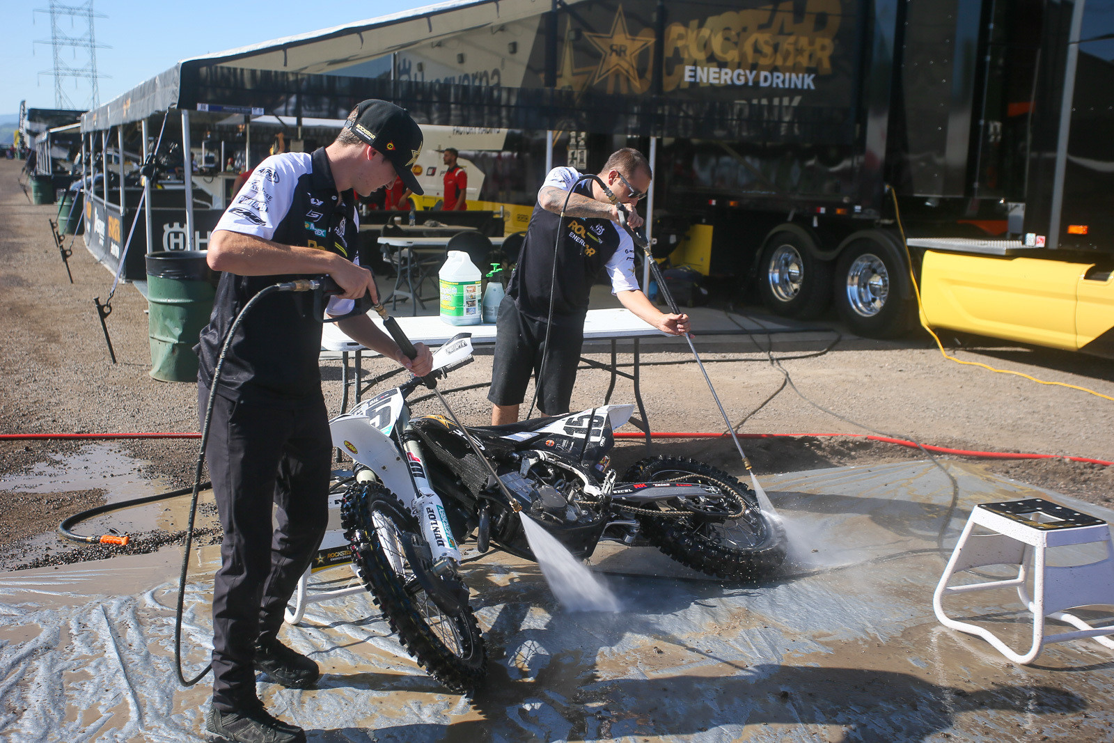 With Jason Anderson out with injuries, C-Lo was helping out on bike washing duties and wherever else he could pitch in.