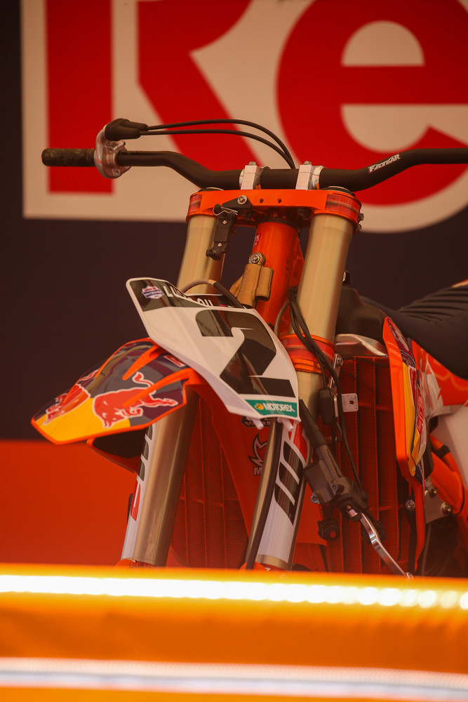 Cooper Webb's bike scores a new set of bar clamps and bars.