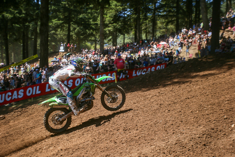 Eli Tomac on his way to a 2-2 finish.