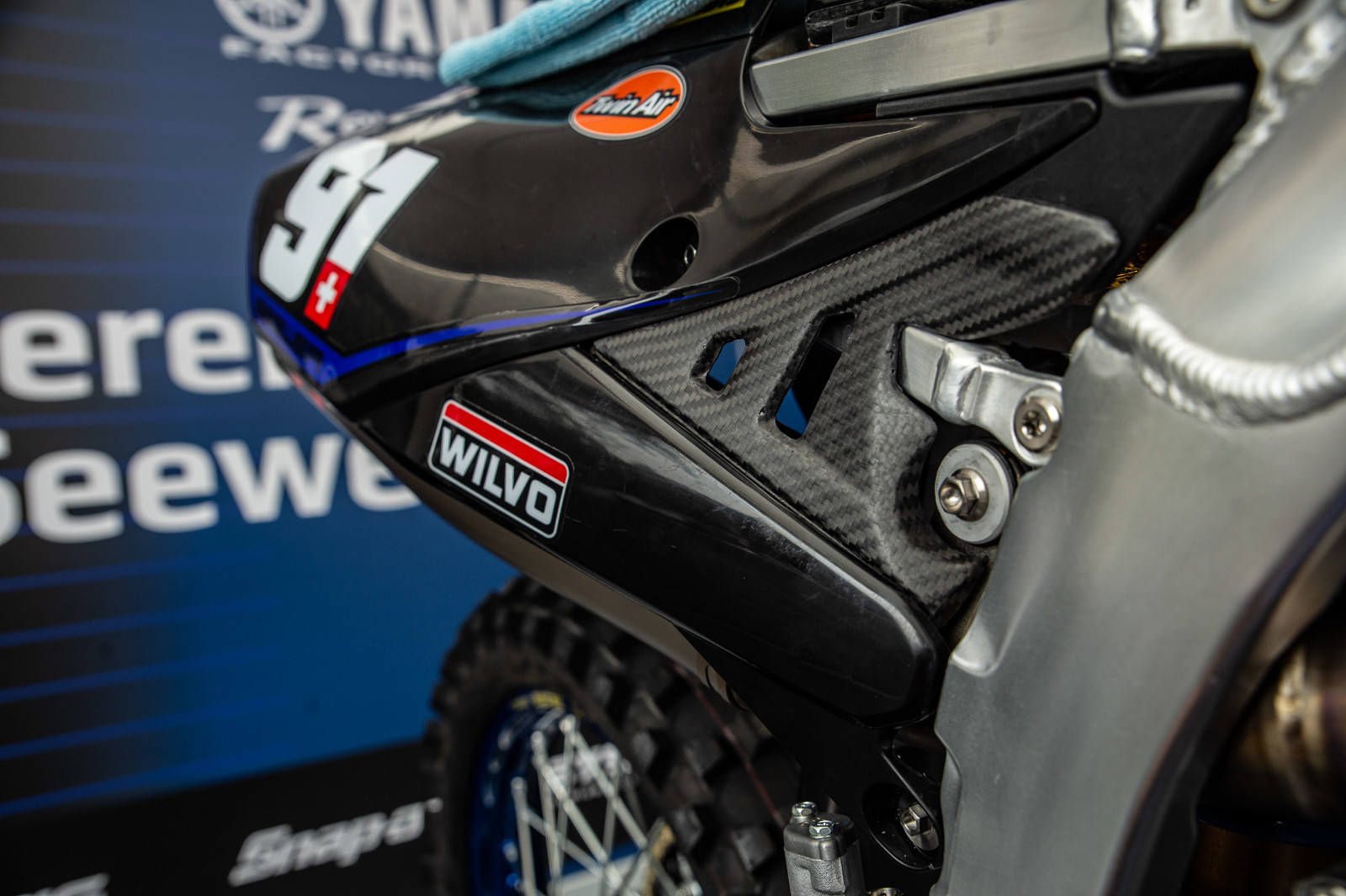 Sweet carbon guards to fill in some of the blank spots on the Yamaha bodywork.