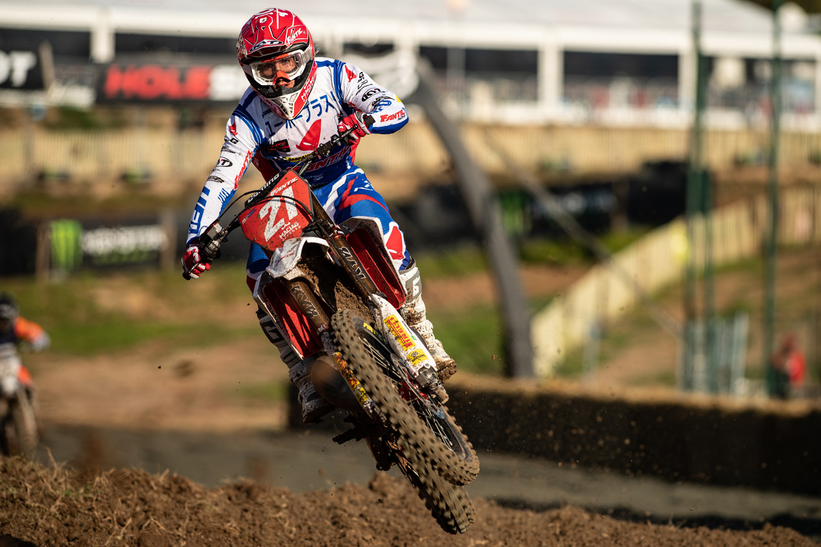 In EMX250 Nicholas Lapucci still leads the points on his Fantic XX 250. Long live two-stroke racing.
