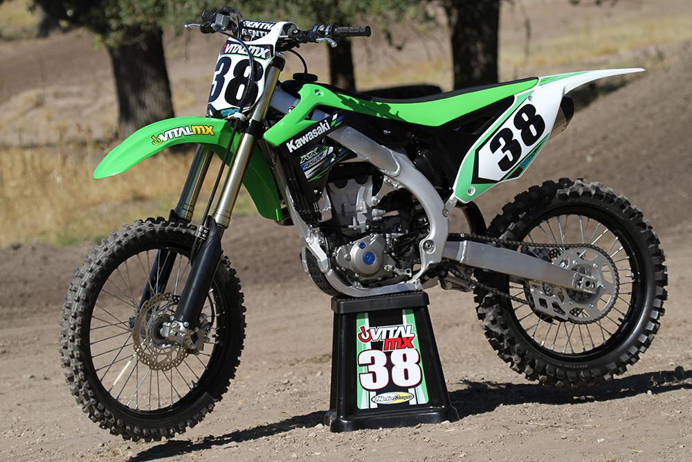 2013 Kawasaki KX450F - First Look: 2013 KX450F - Motocross Pictures - Vital MX