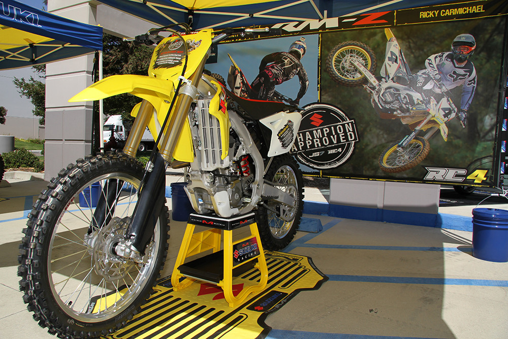 2013 Suzuki RM-Z450 - Yoshimura and Suzuki Race Shop Tour - Motocross Pictures - Vital MX
