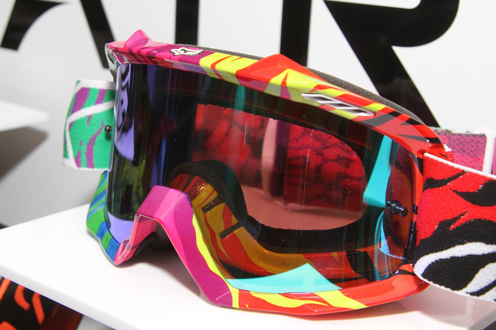 Rainbow - 2014 Fox Racing Gear Collection - Motocross Pictures - Vital MX