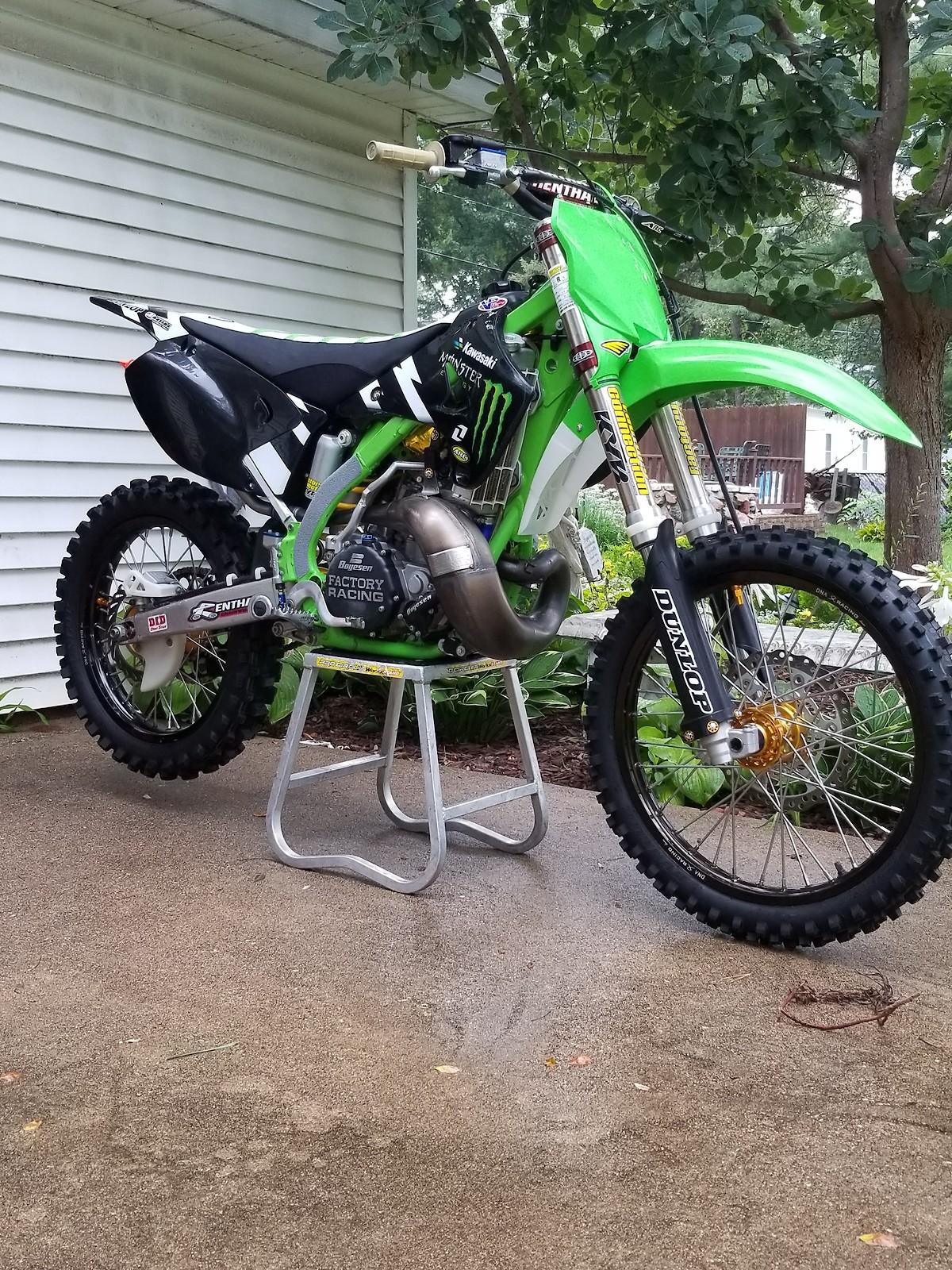 2005 KX250
