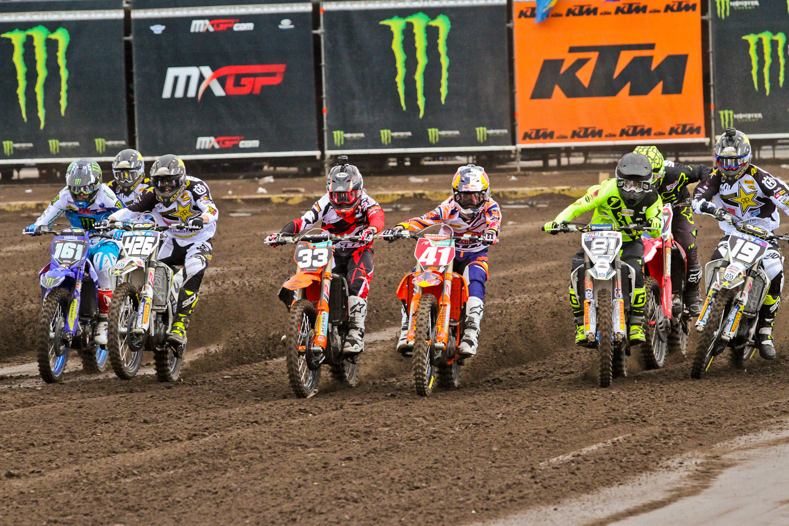 MX2 Start - Photo Blast: 2017 MXGP of Valkenswaard - Motocross Pictures - Vital MX