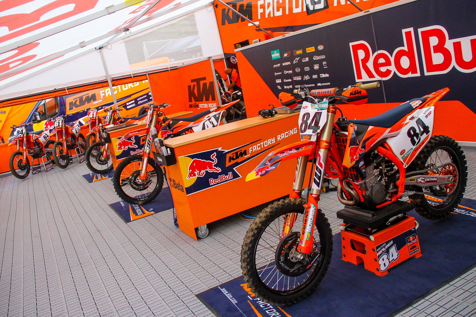 Red Bull KTM - Jeffrey Herlings - Vital MX Pit Bits 2017 MXGP of France - Motocross Pictures - Vital MX & Red Bull KTM - Jeffrey Herlings - Vital MX Pit Bits: 2017 MXGP of ...