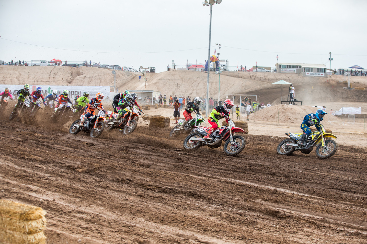 250 B Start - Gallery: 2017 AMA Arizona Open Amateur National - Friday - Motocross Pictures - Vital MX