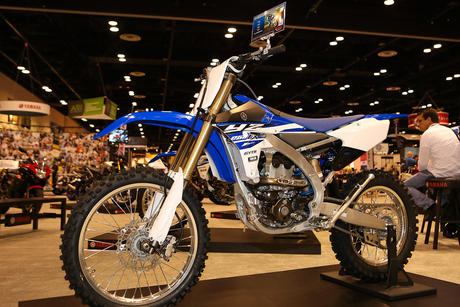 TWO-STROKE TUESDAY | WE TEST THE 2001 YAMAHA YZ250