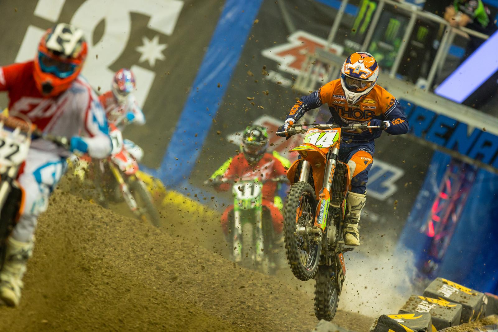 Cody Vanbuskirk - Photo Gallery: Ontario Arenacross - Saturday Night - Motocross Pictures - Vital MX
