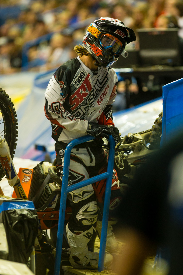 Trip to the Stands  - Photo Gallery: Ontario Arenacross - Saturday Night - Motocross Pictures - Vital MX