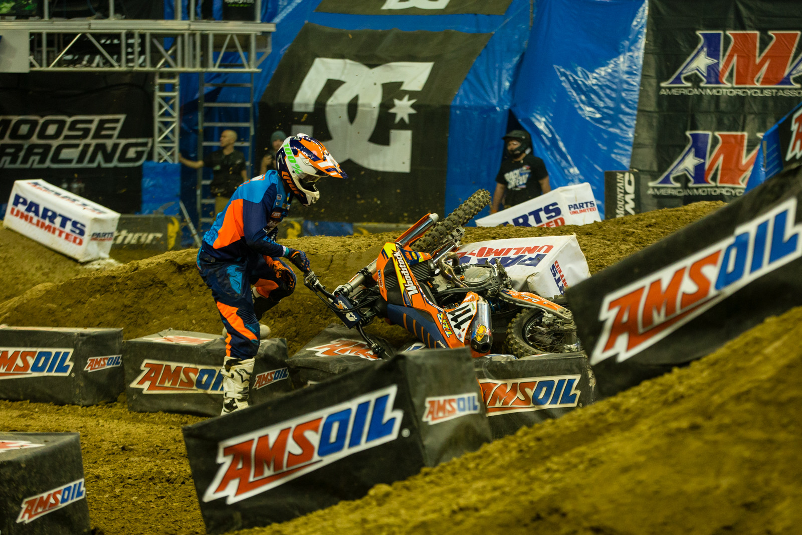 Margin for Error - Photo Gallery: Ontario Arenacross - Saturday Night - Motocross Pictures - Vital MX