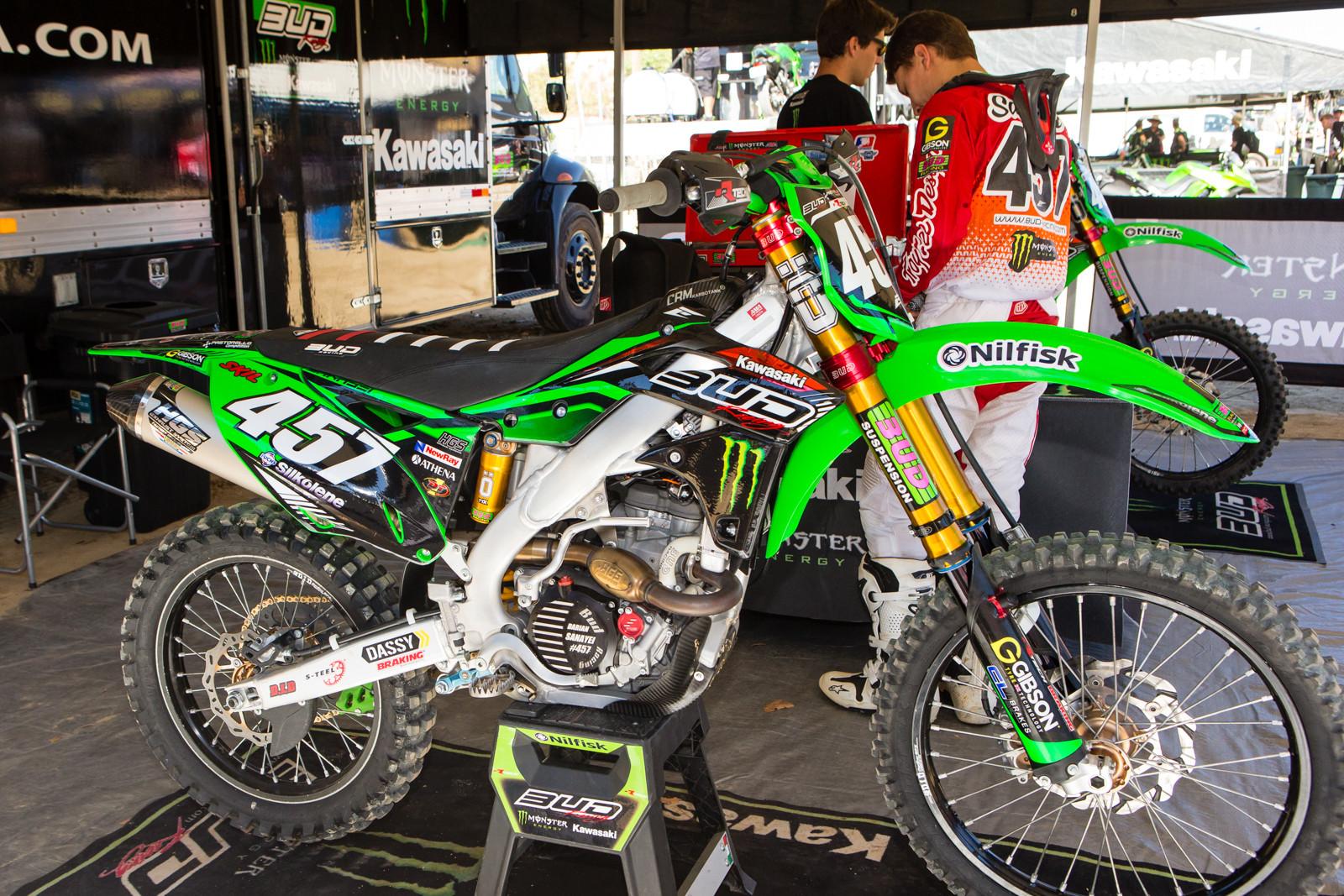 Darian Sanayei's BUD Racing Kawasaki Monster Energy Team - Vital MX Pit Bits: 2016 MXGP of USA - Motocross Pictures - Vital MX