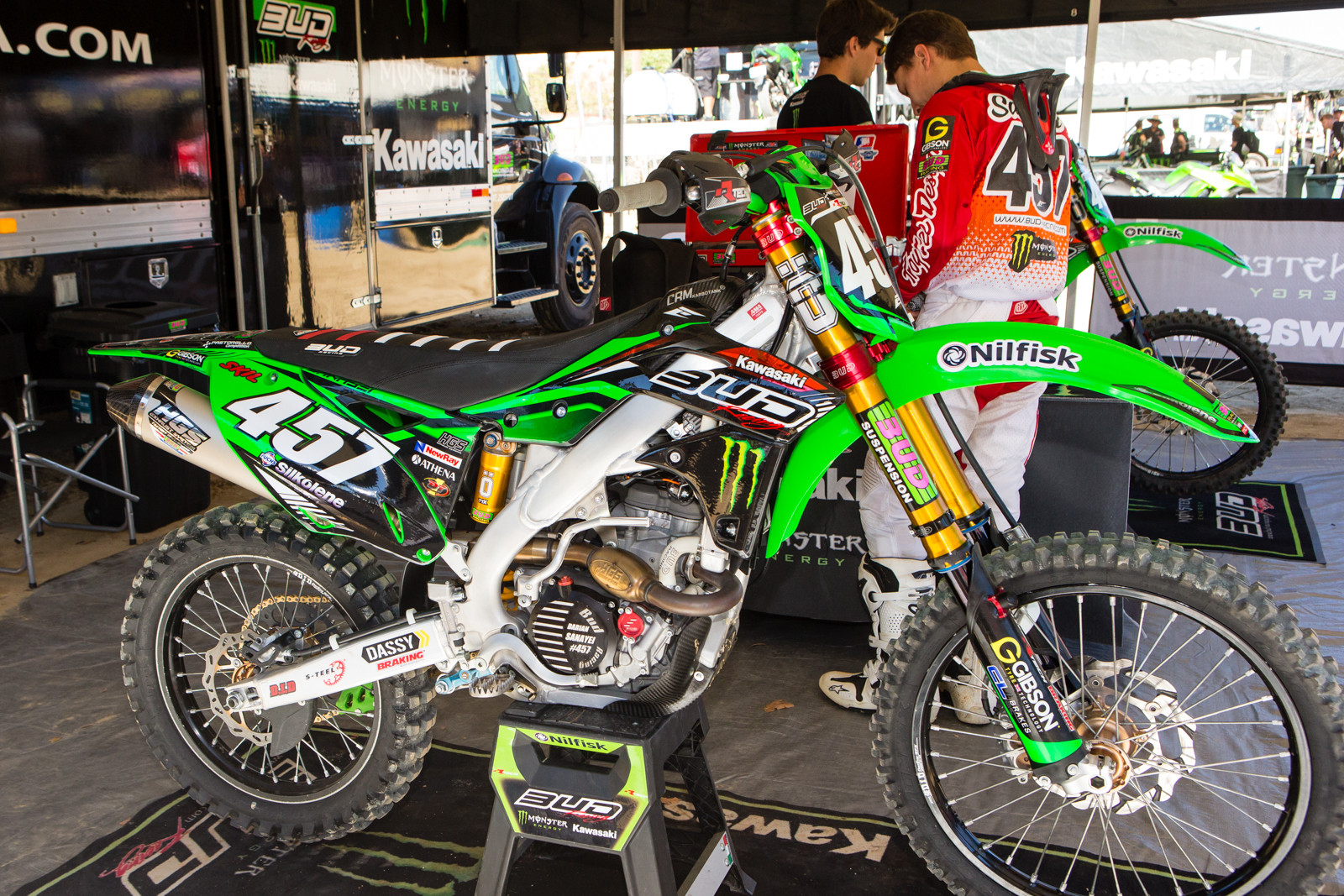 Darian Sanayei's BUD Racing Kawasaki Monster Energy Team - Vital MX Pit Bits: 2016 MXGP of USA - Motocross Pictures - Vital MX