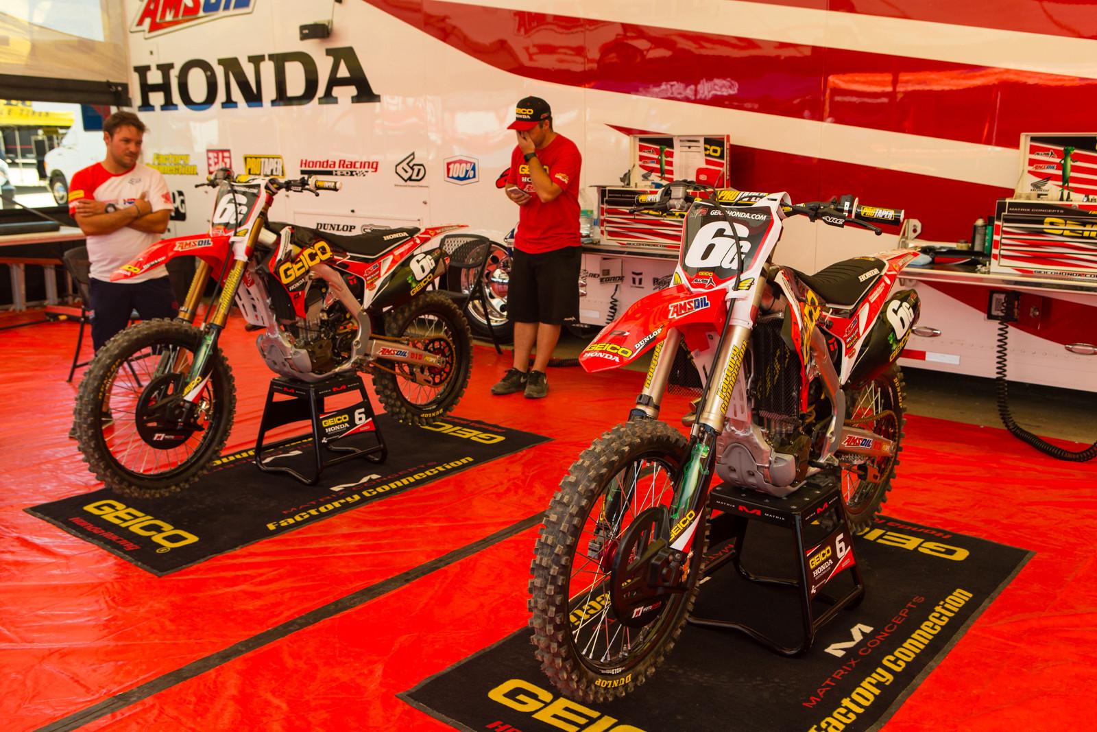 Jeremy Martin's Geico Honda CRF250R - Vital MX Pit Bits: 2016 MXGP of USA - Motocross Pictures - Vital MX