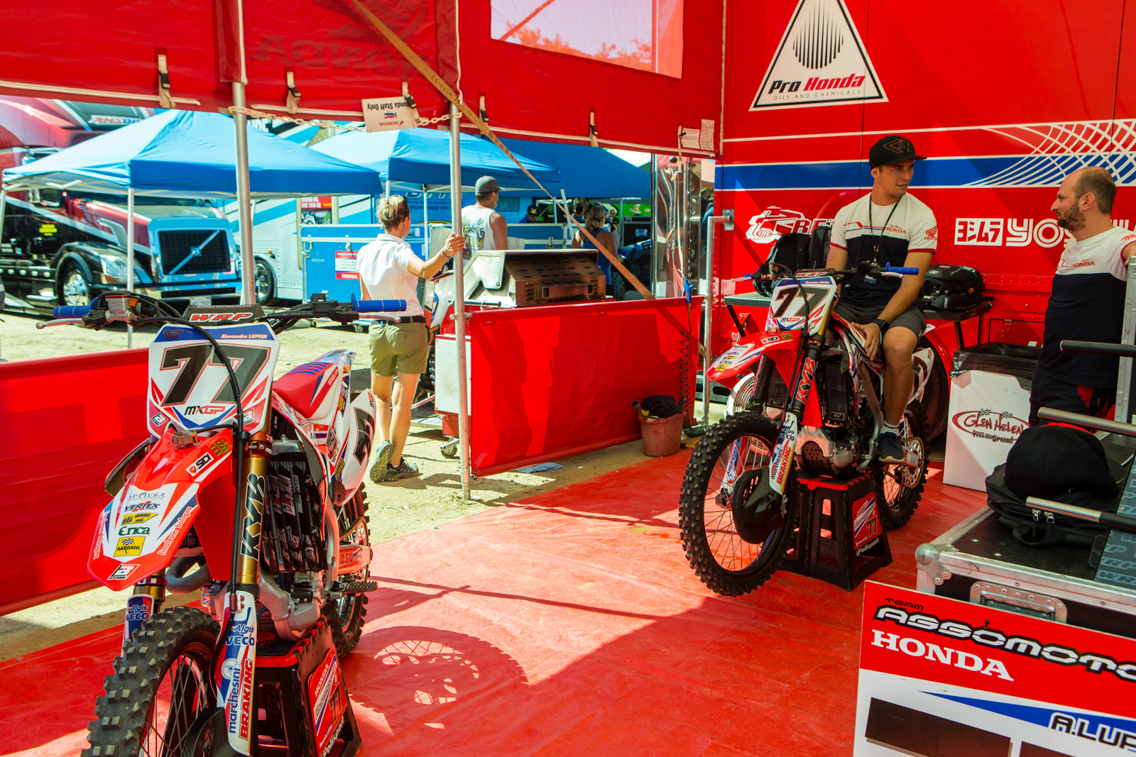 Alessandro Lupino's Assomotor/Honda Red Moto CRF450R - Vital MX Pit Bits: 2016 MXGP of USA - Motocross Pictures - Vital MX