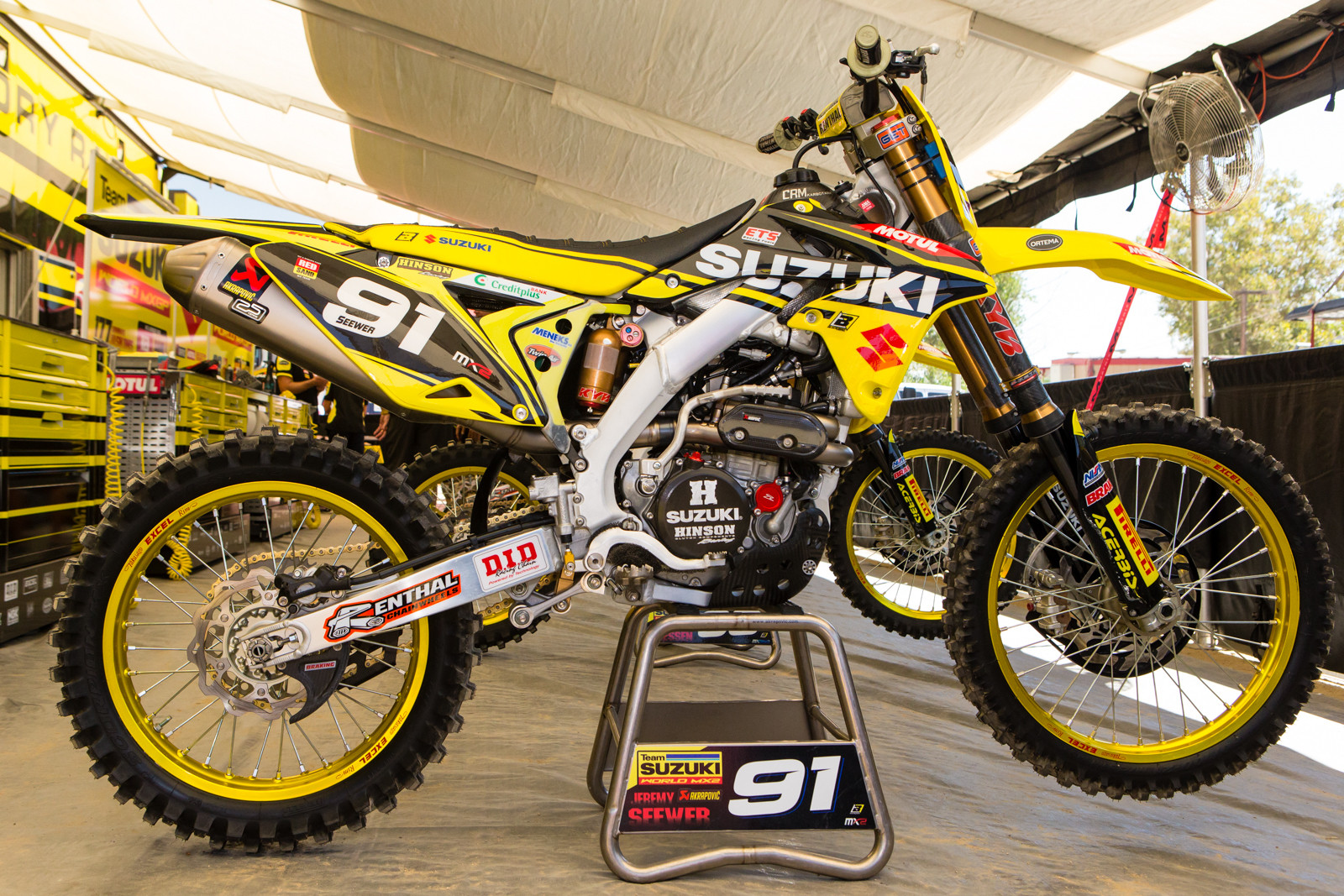 Jeremy Seewer's Suzuki World MX2 RM-Z250WS - Vital MX Pit Bits: 2016 MXGP of USA - Motocross Pictures - Vital MX
