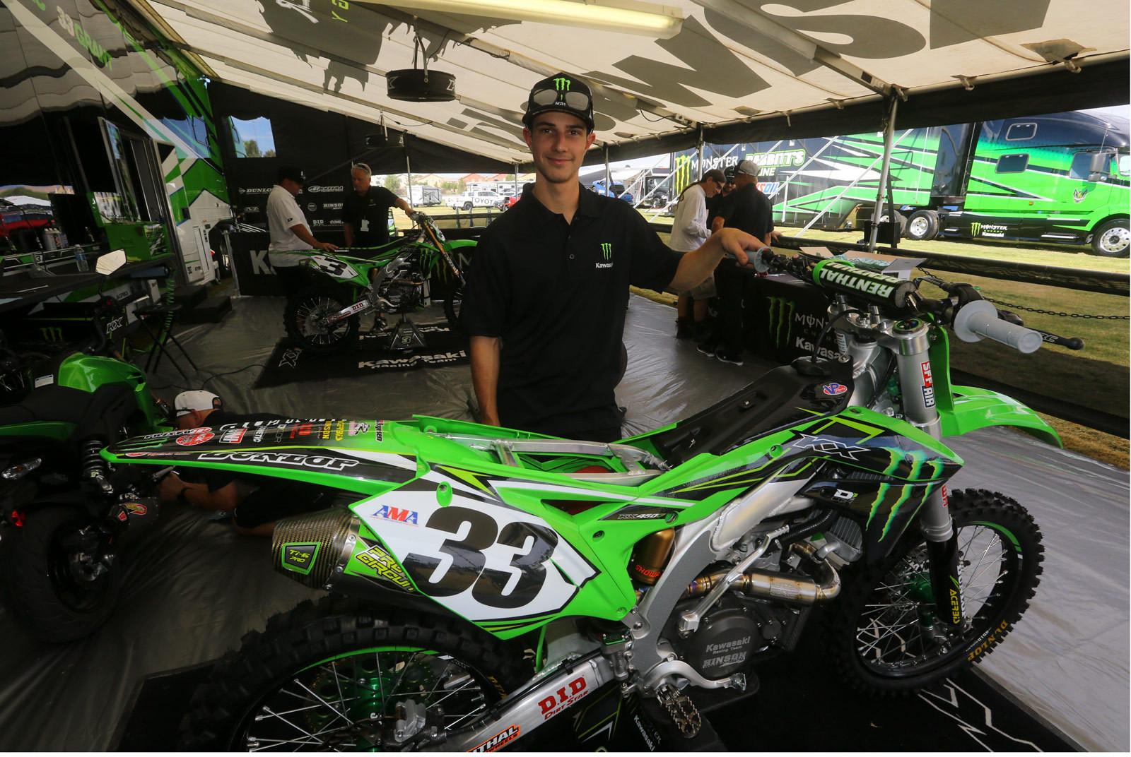 Travis Parry - Vital MX Pit Bits: 2016 Monster Energy Cup - Motocross Pictures - Vital MX