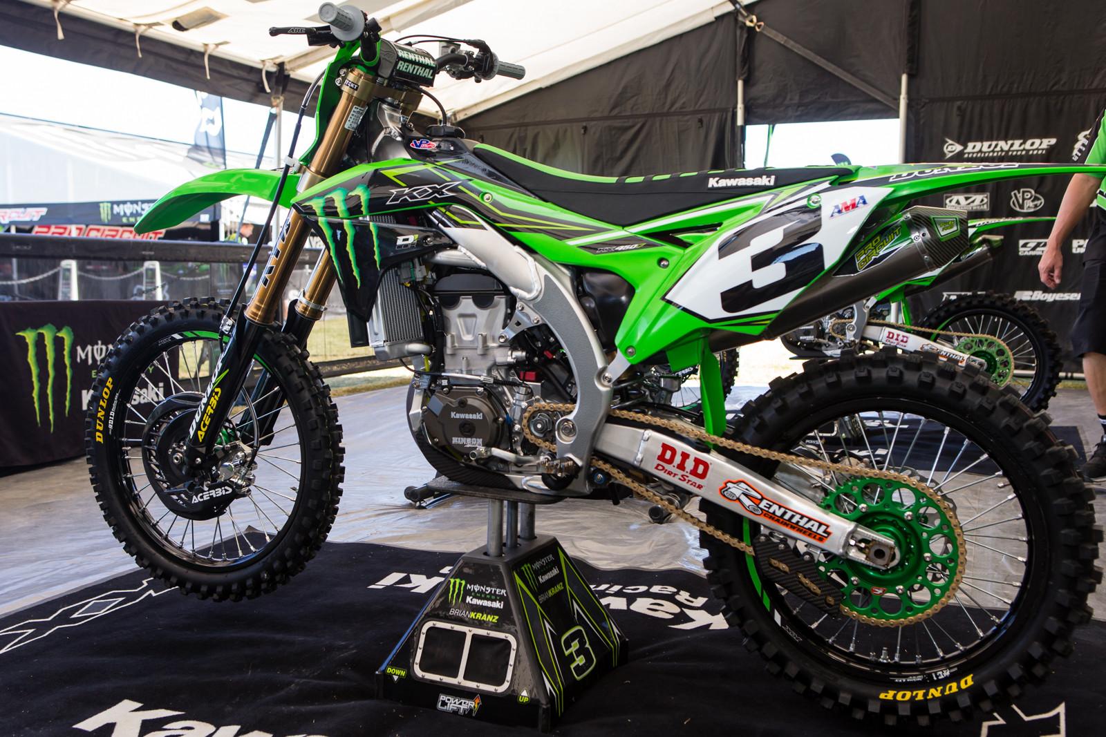 Eli Tomac S Monster Energy Kawasaki Kx450f Vital Mx Pit