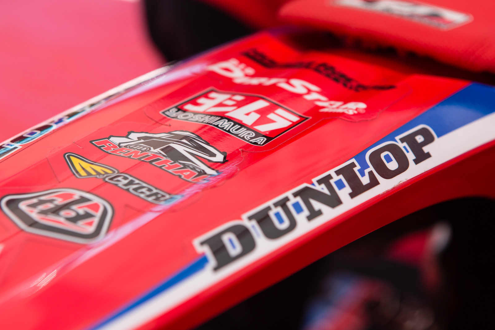 Lightweight Graphics - Vital MX Pit Bits: 2016 Monster Energy Cup - Motocross Pictures - Vital MX