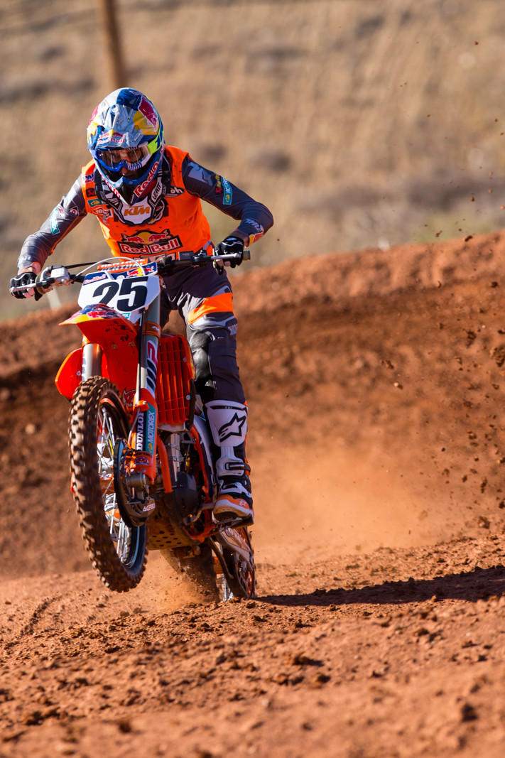 Marvin Musquin - 2017 KTM Supercross Factory and Support Team Intro - Motocross Pictures - Vital MX