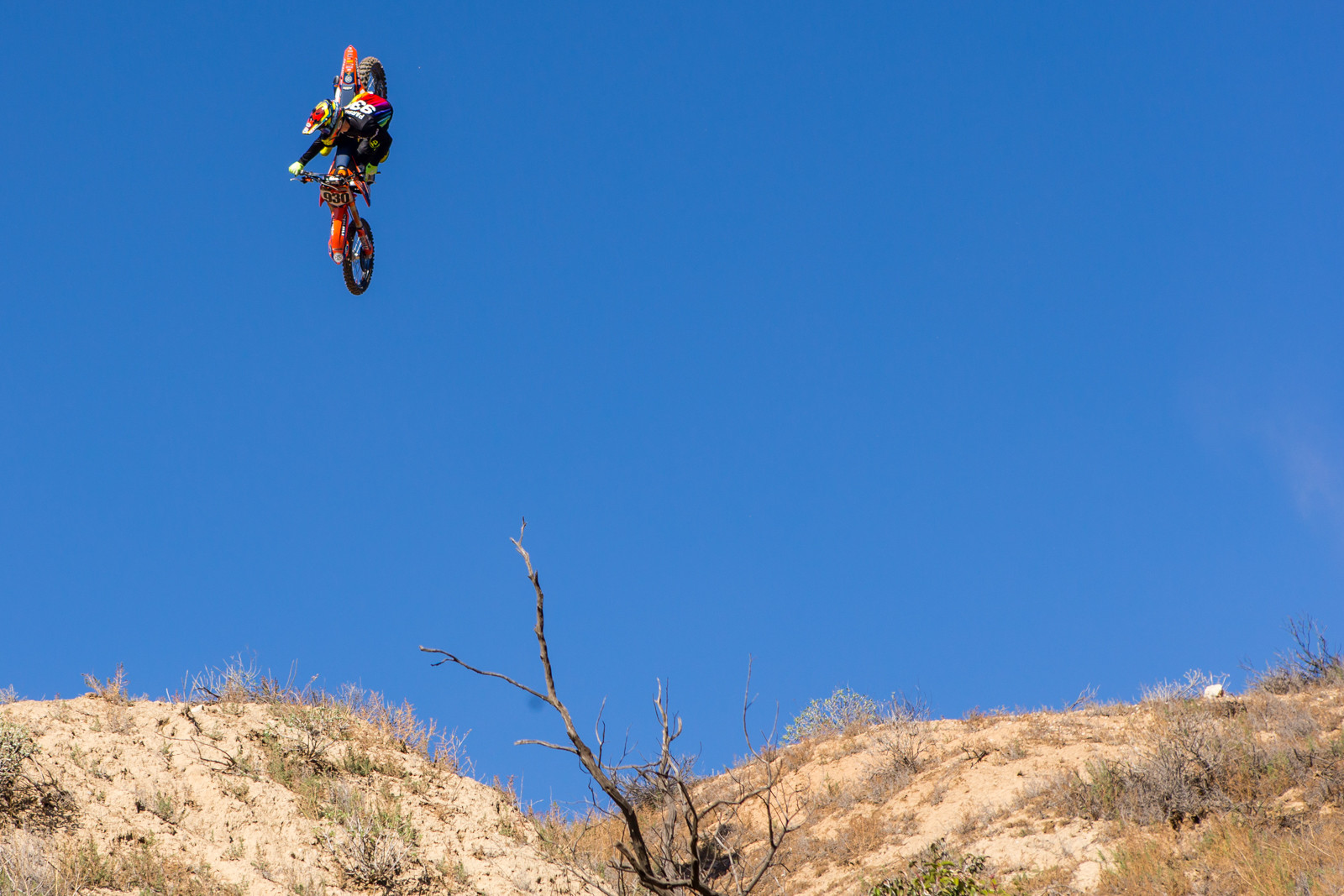 Tom Parsons - Rain in SoCal - To the Hills of Beaumont - Motocross Pictures - Vital MX