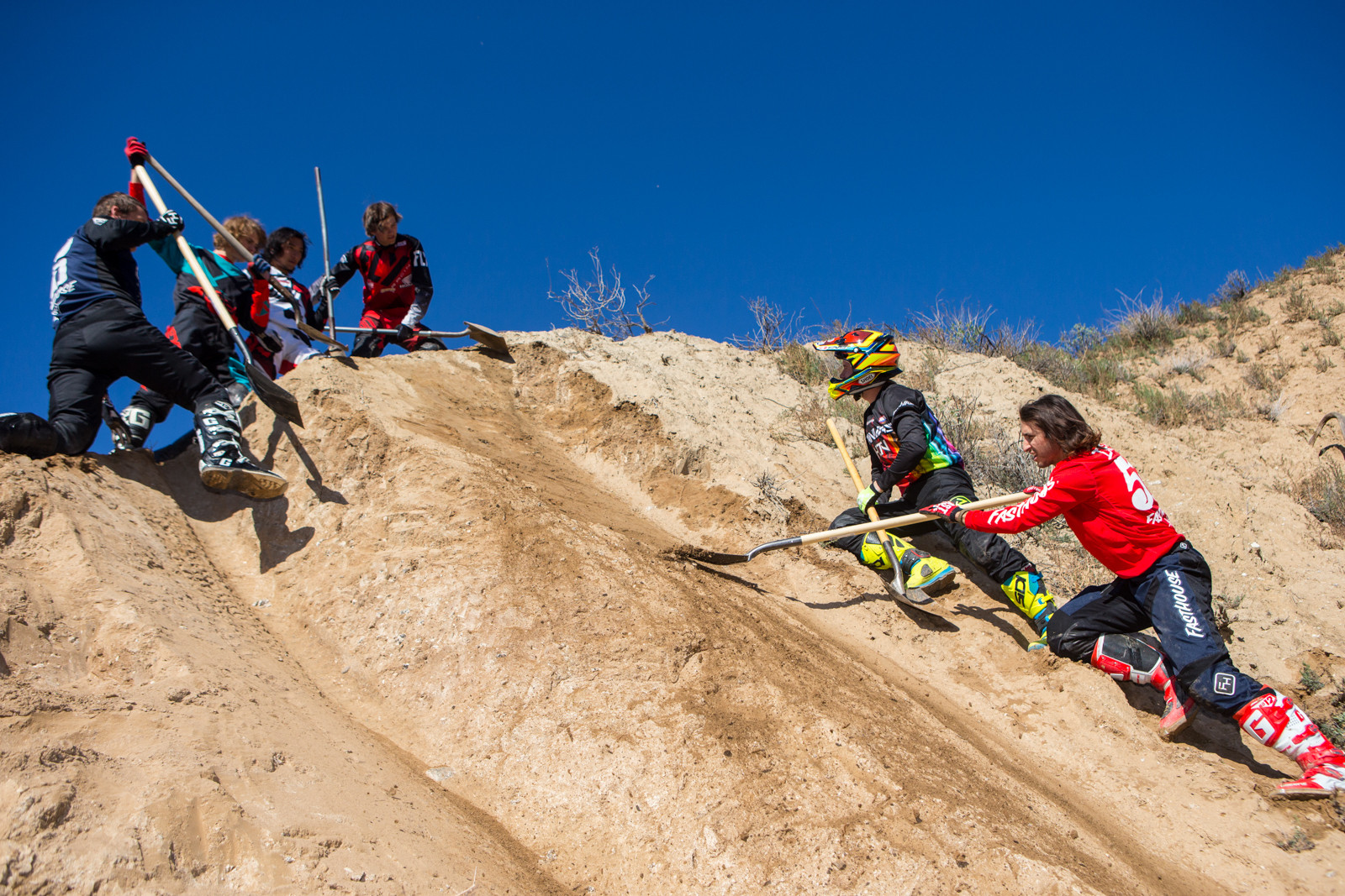 Shoveling Crew - Rain in SoCal - To the Hills of Beaumont - Motocross Pictures - Vital MX
