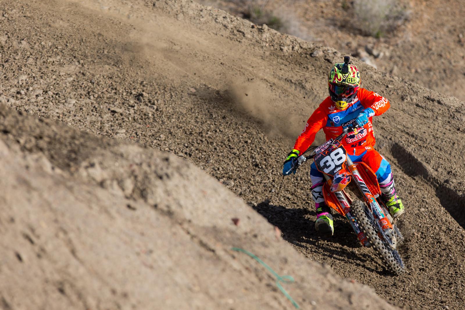 Shane McElrath - Supercross 2017: Prepping for Oakland - Motocross Pictures - Vital MX