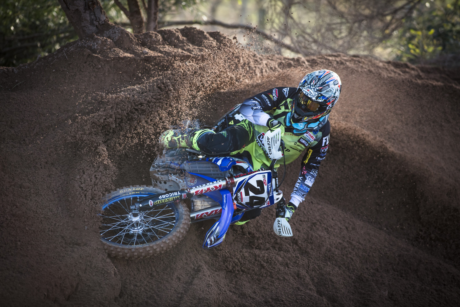 Shaun Simpson - First Look: 2017 Monster Energy & Wilvo Yamaha MXGP Teams - Motocross Pictures - Vital MX