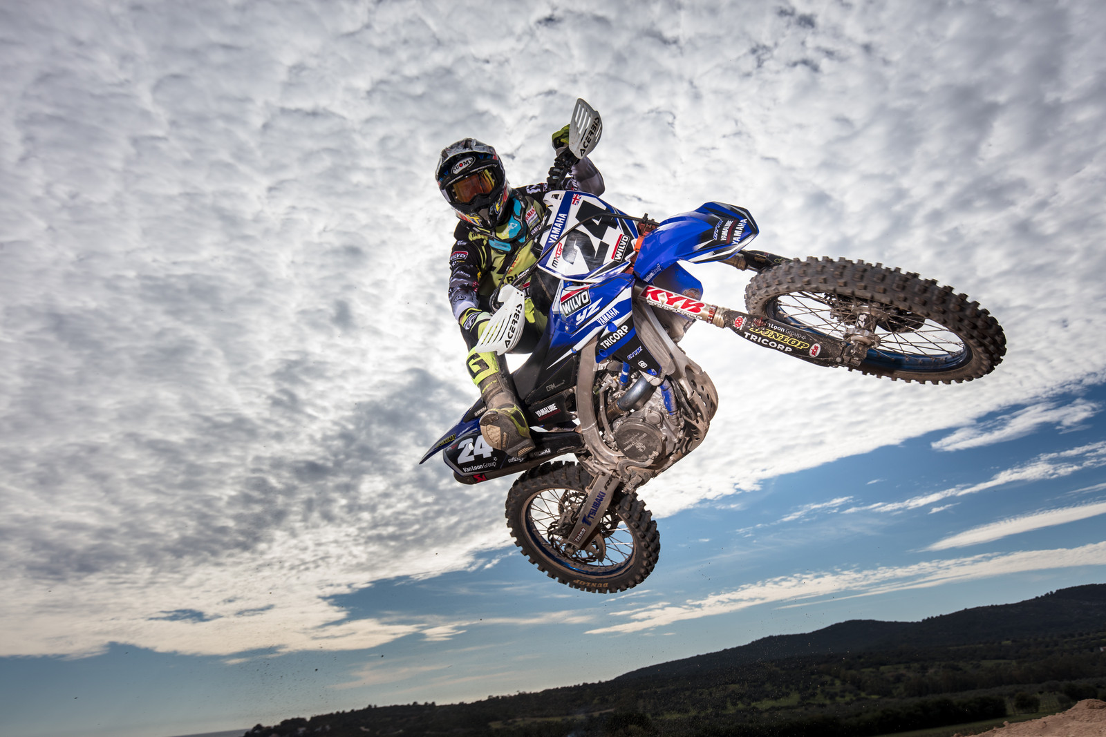 Shaun Simpson - First Look: 2017 Monster Energy & Wilvo Yamaha MXGP Teams - Motocross Pictures - Vital MX