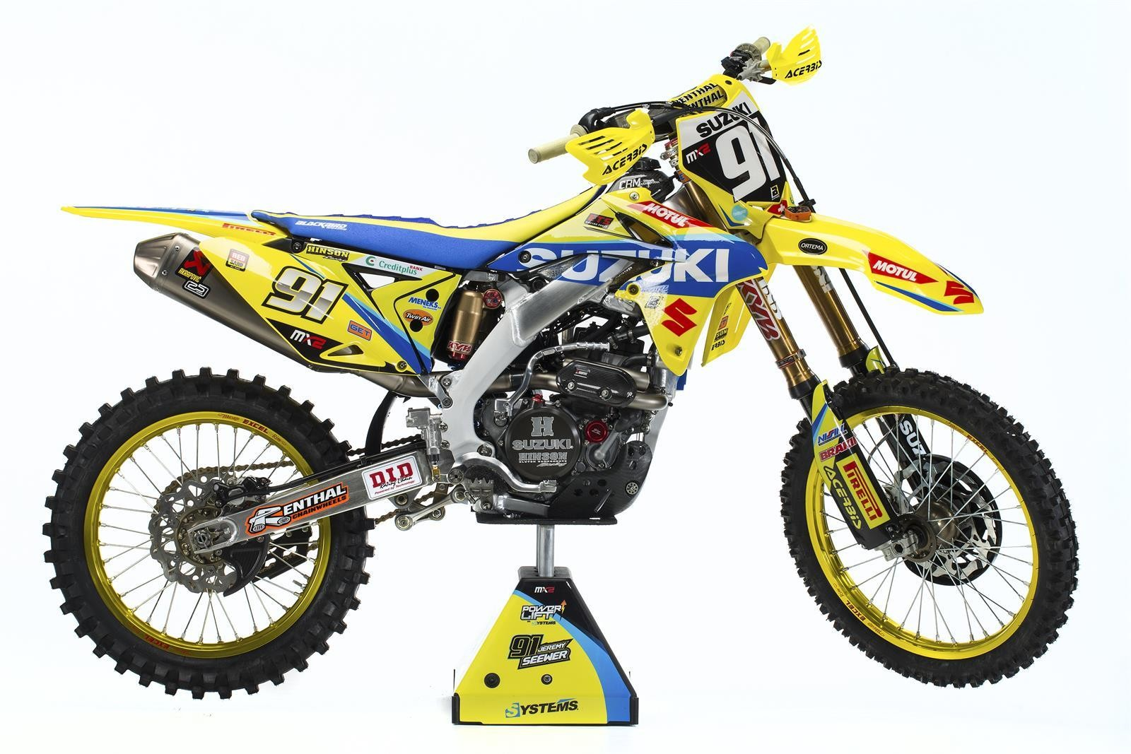 Jeremy Seewer's 2017 Suzuki World MX2 RM-Z250 - First Look: 2017 Suzuki World MX2 Team - Motocross Pictures - Vital MX