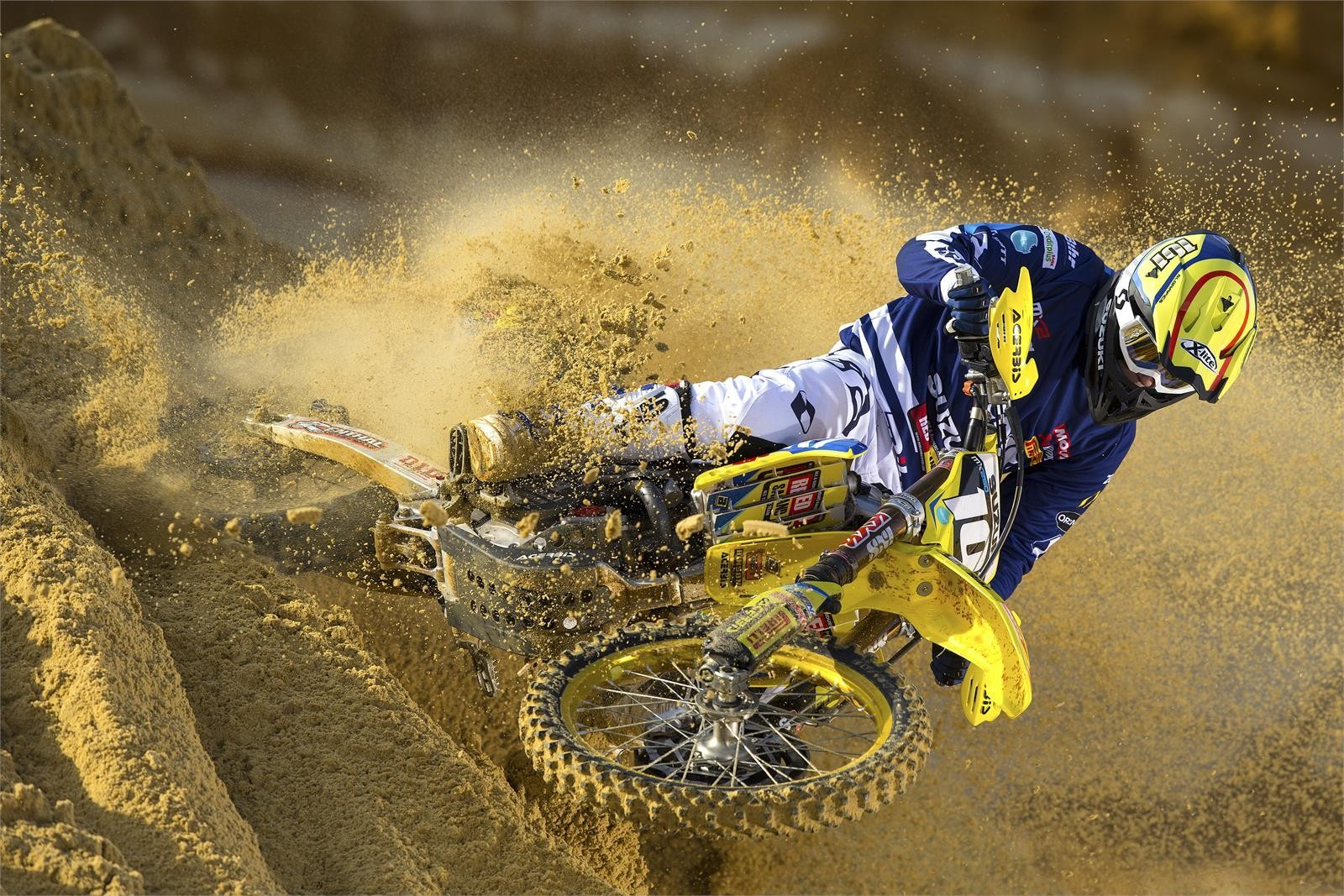 Zachary Pichon - First Look: 2017 Suzuki World MX2 Team - Motocross Pictures - Vital MX