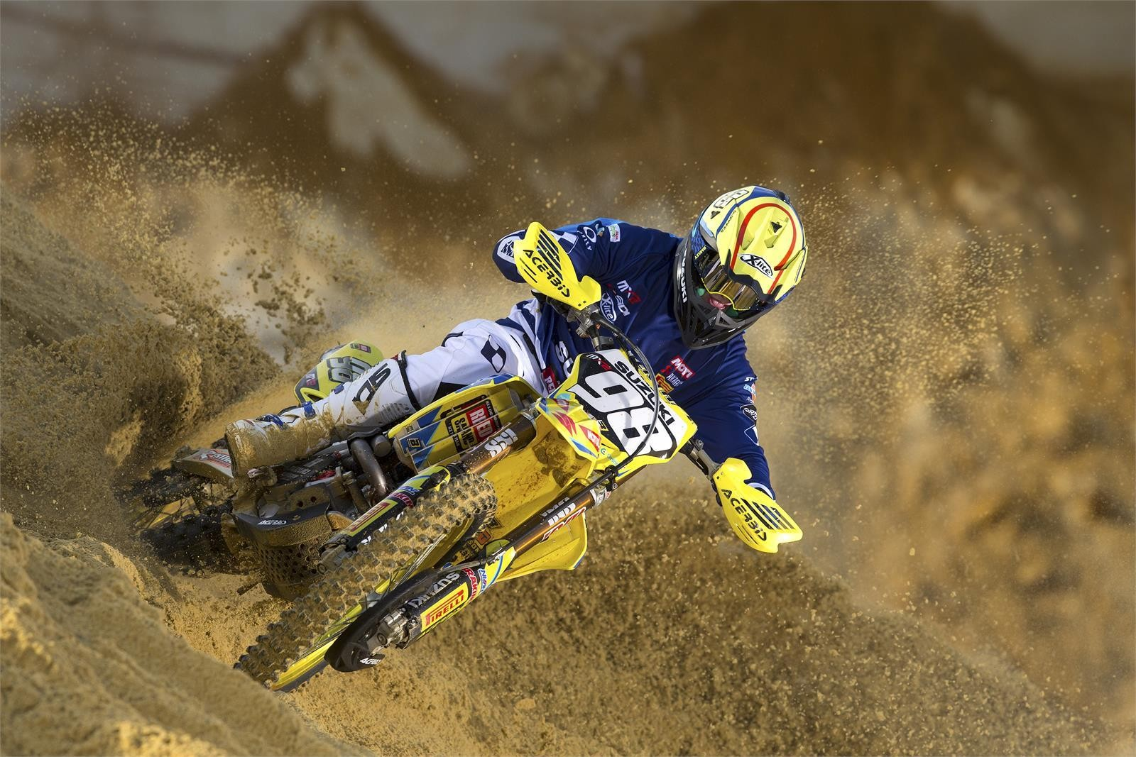 Bas Vaessen - First Look: 2017 Suzuki World MX2 Team - Motocross Pictures - Vital MX