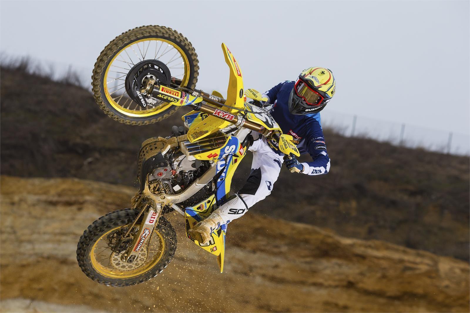 Hunter Lawrence - First Look: 2017 Suzuki World MX2 Team - Motocross Pictures - Vital MX