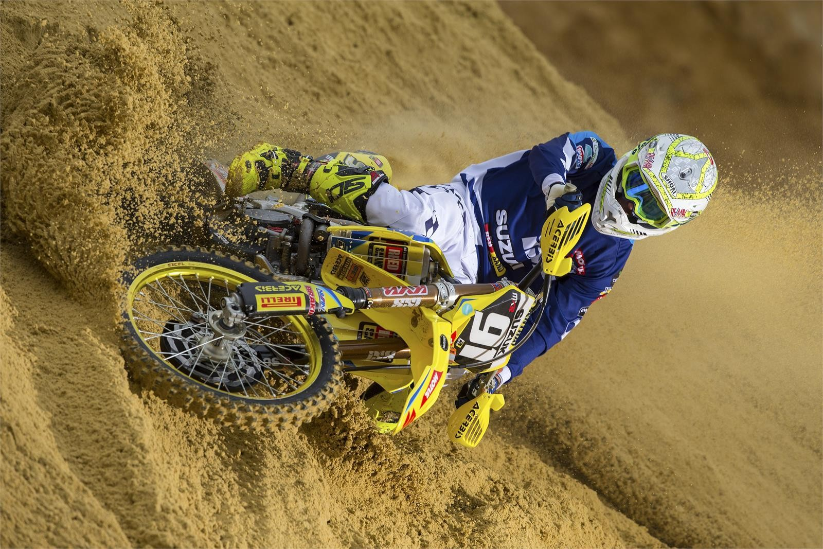 Jeremy Seewer - First Look: 2017 Suzuki World MX2 Team - Motocross Pictures - Vital MX