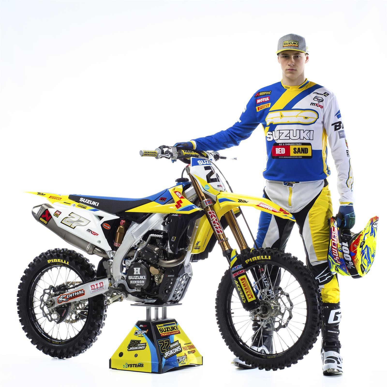 Arminas Jasikonis and his 2018 Suzuki World MXGP RM-Z450 - First Look: 2017 Suzuki World MXGP Team - Motocross Pictures - Vital MX