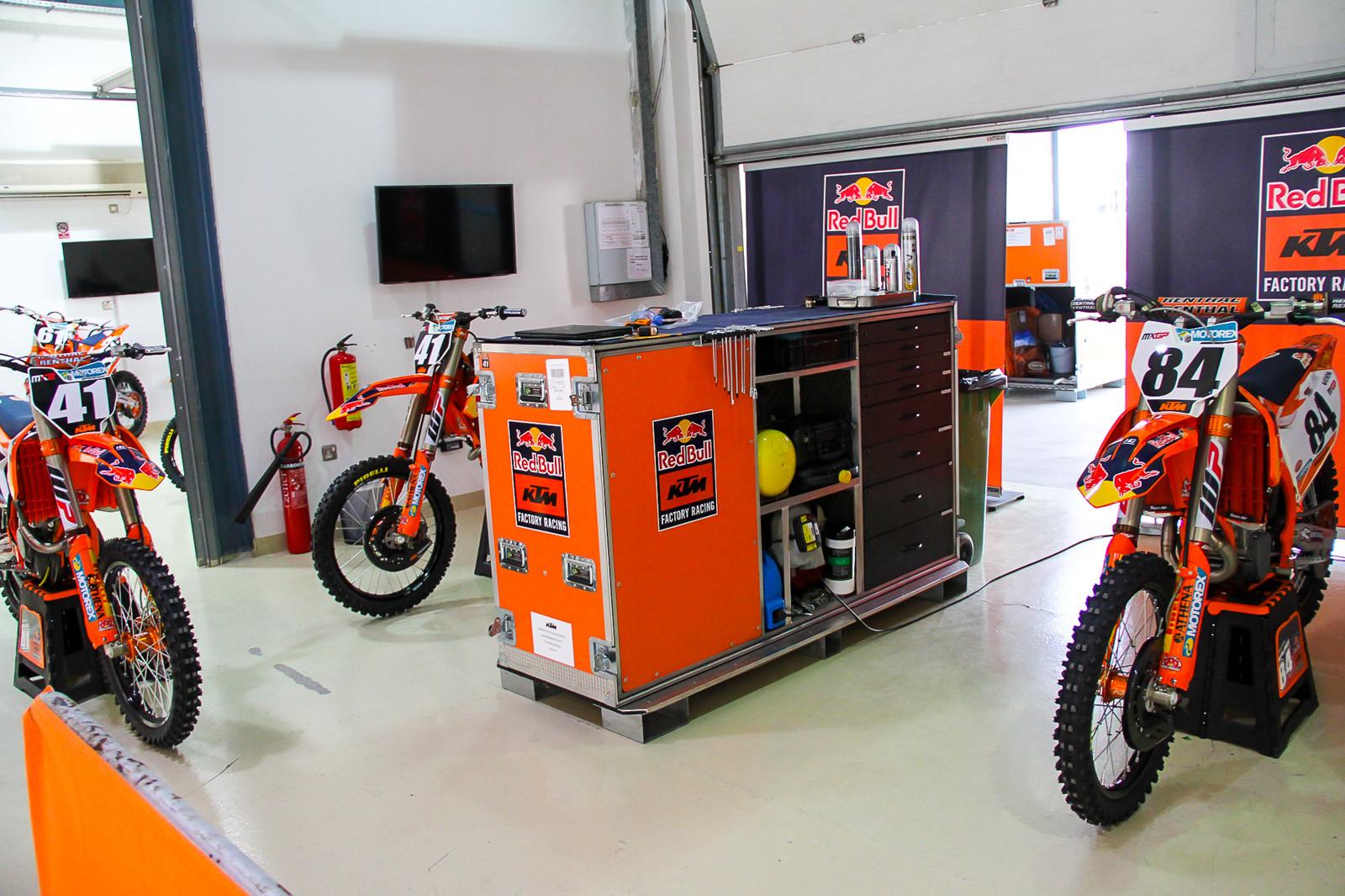 Red Bull KTM's Pit Area - Vital MX Pit Bits: 2017 MXGP of Qatar - Motocross Pictures - Vital MX