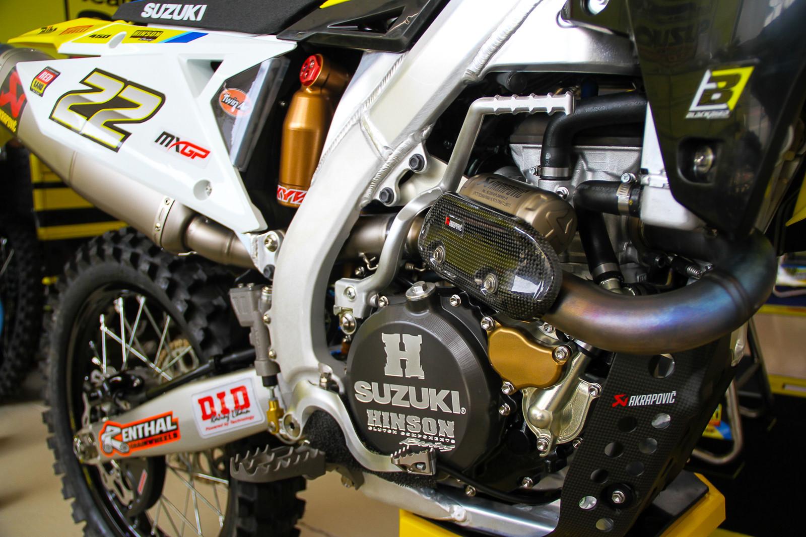 2018 Suzuki RM-Z450WS - Vital MX Pit Bits: 2017 MXGP of Qatar - Motocross Pictures - Vital MX