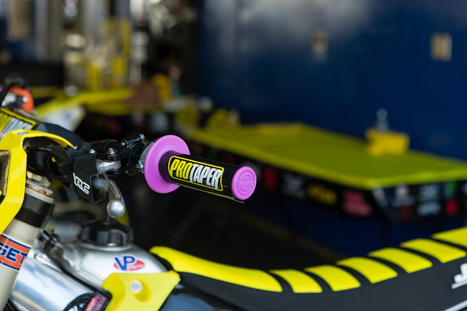 Pro Taper Grips - Vital MX Pit Bits: Daytona Supercross - Motocross Pictures - Vital MX