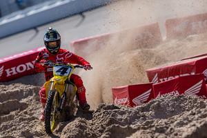 Vital MX Pit Bits: Daytona Supercross - Ricky Carmichael