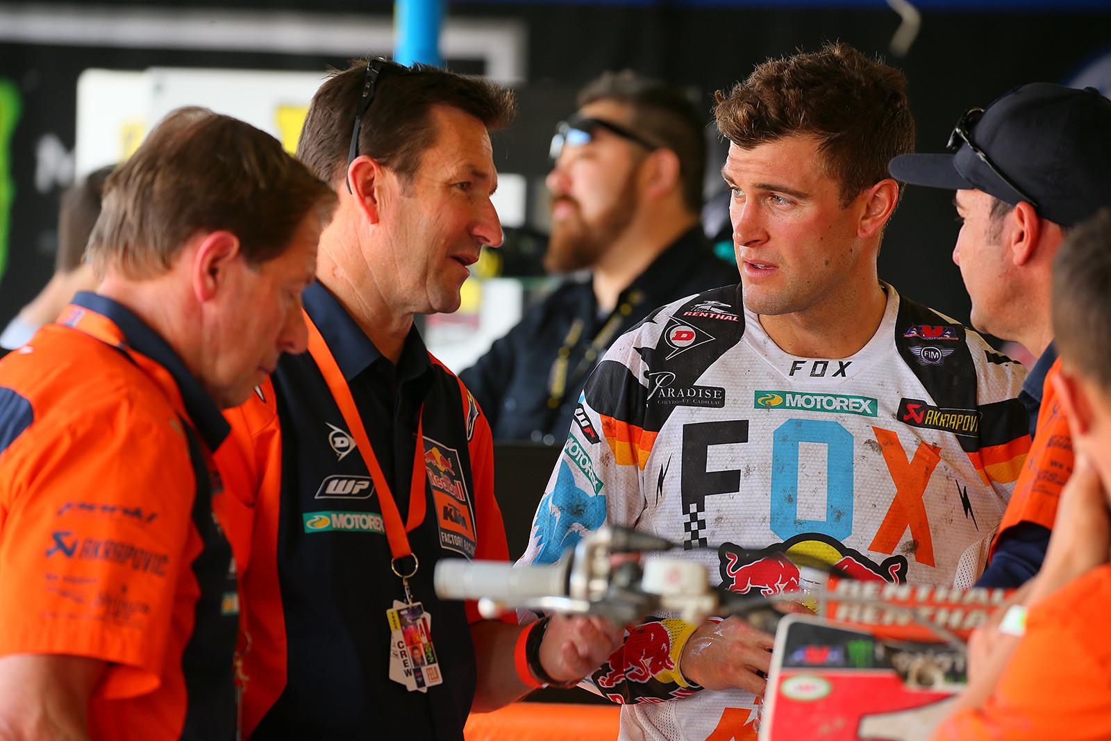 Ryan Dungey - Vital MX Pit Bits: Daytona Supercross - Motocross Pictures - Vital MX