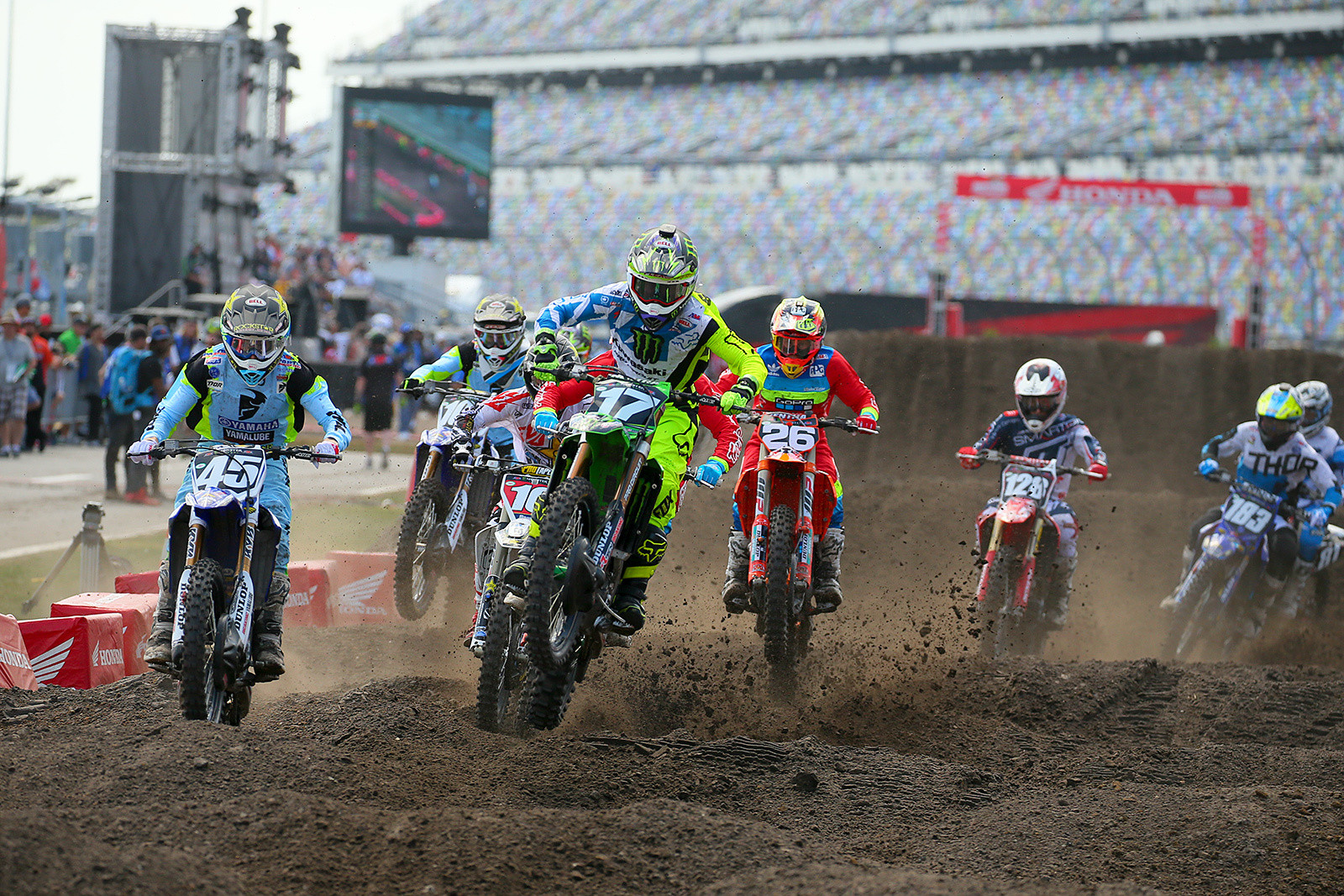 New First Turn - Vital MX Pit Bits: Daytona Supercross - Motocross Pictures - Vital MX