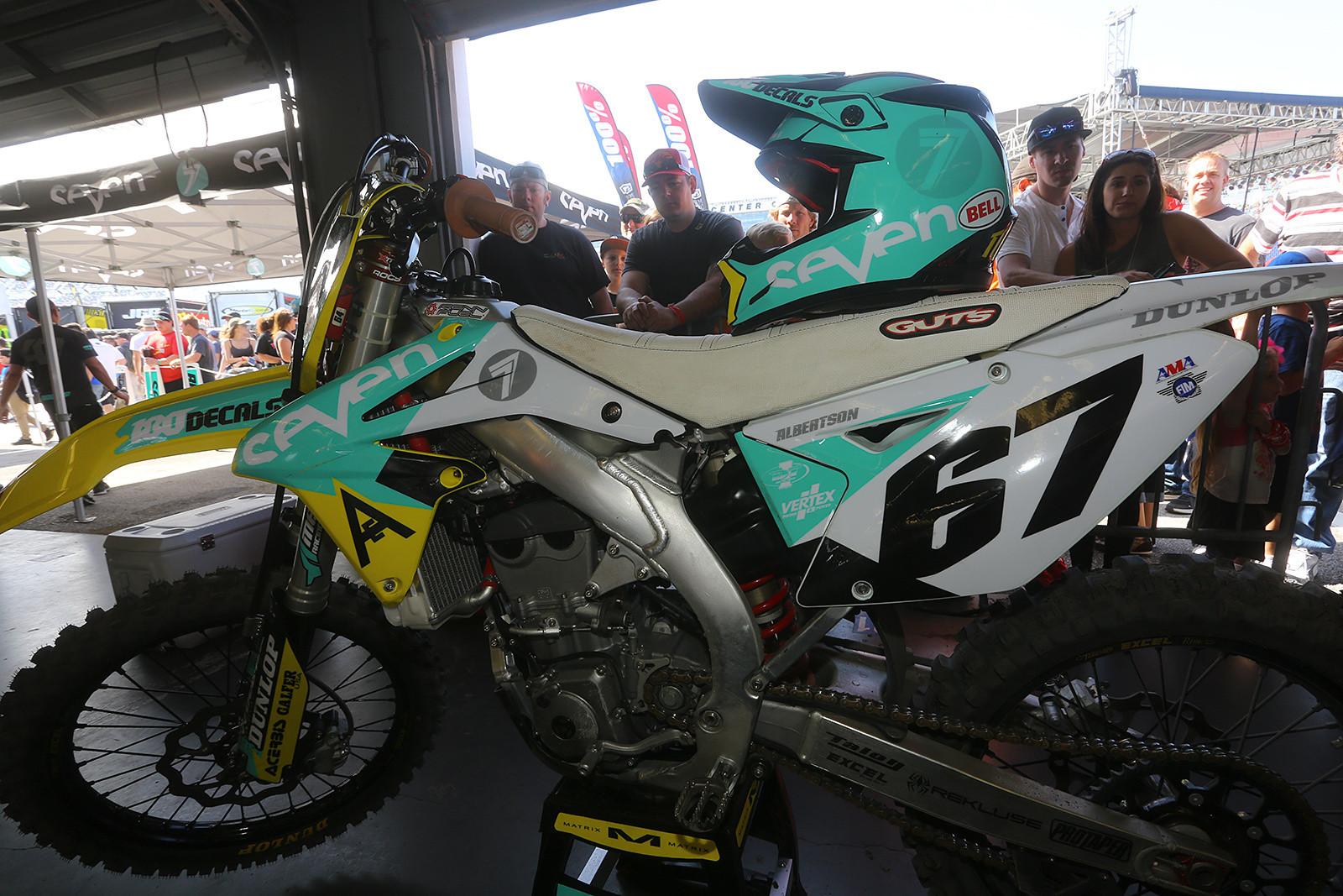 Jimmy Albertson - Vital MX Pit Bits: Daytona Supercross - Motocross Pictures - Vital MX
