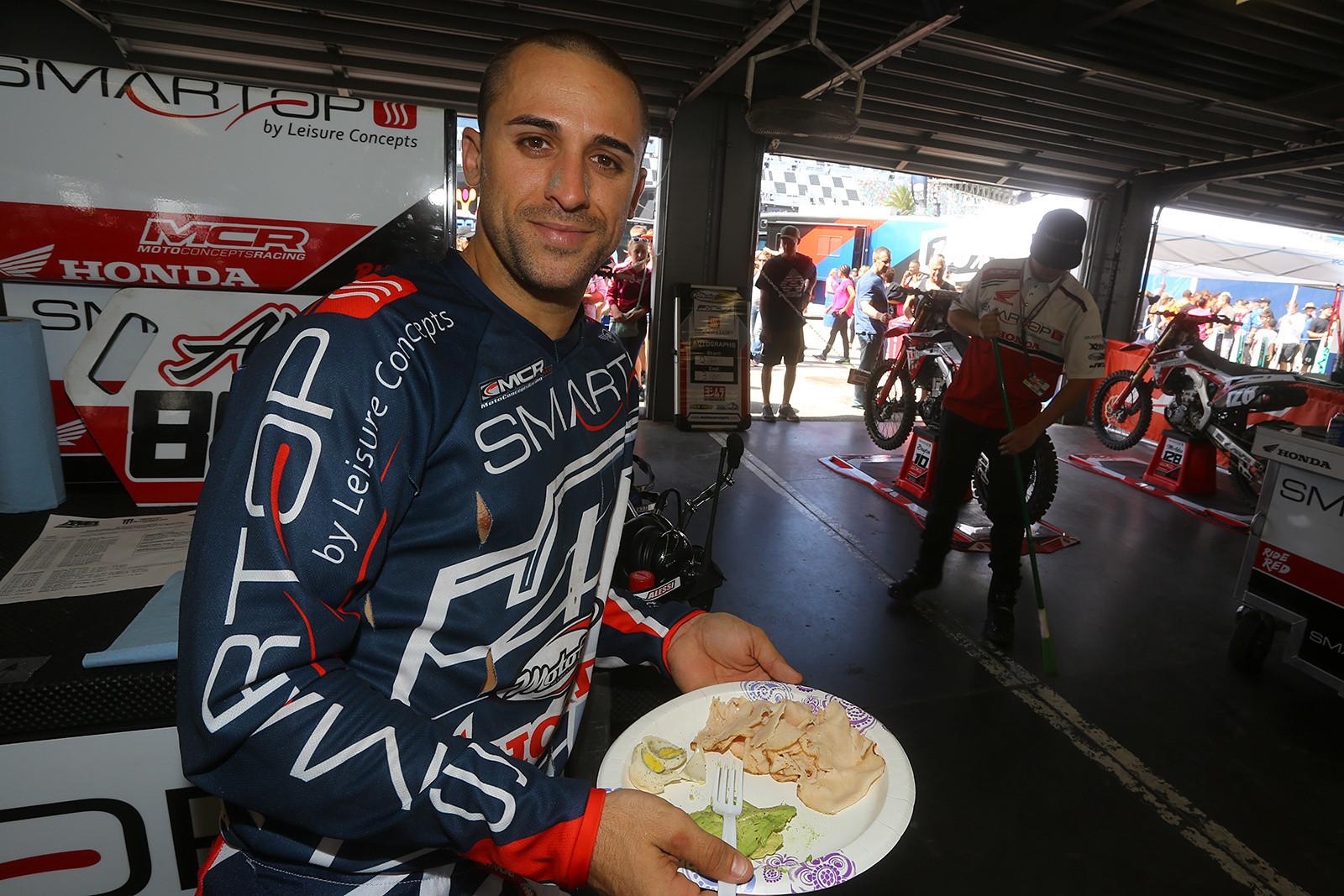 Mike Alessi - Vital MX Pit Bits: Daytona Supercross - Motocross Pictures - Vital MX