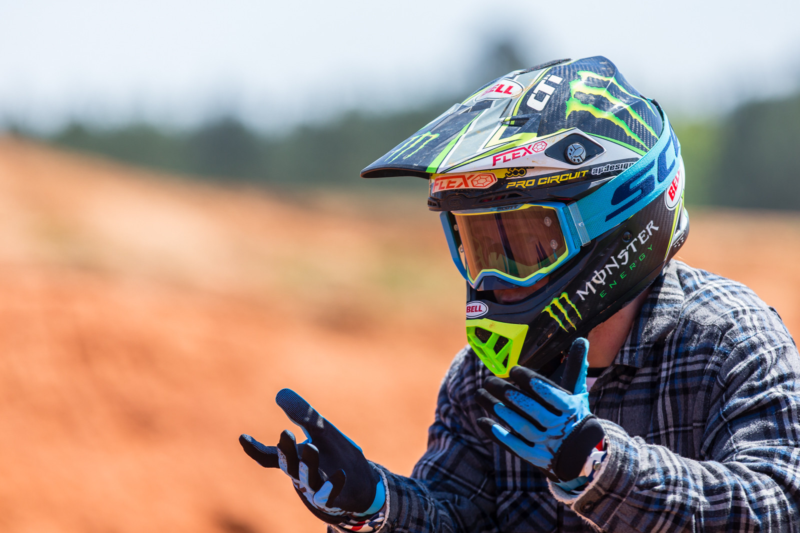What do I do with my Hands? - Photo Gallery: The Nest, Goat Farm, and MTF - Motocross Pictures - Vital MX