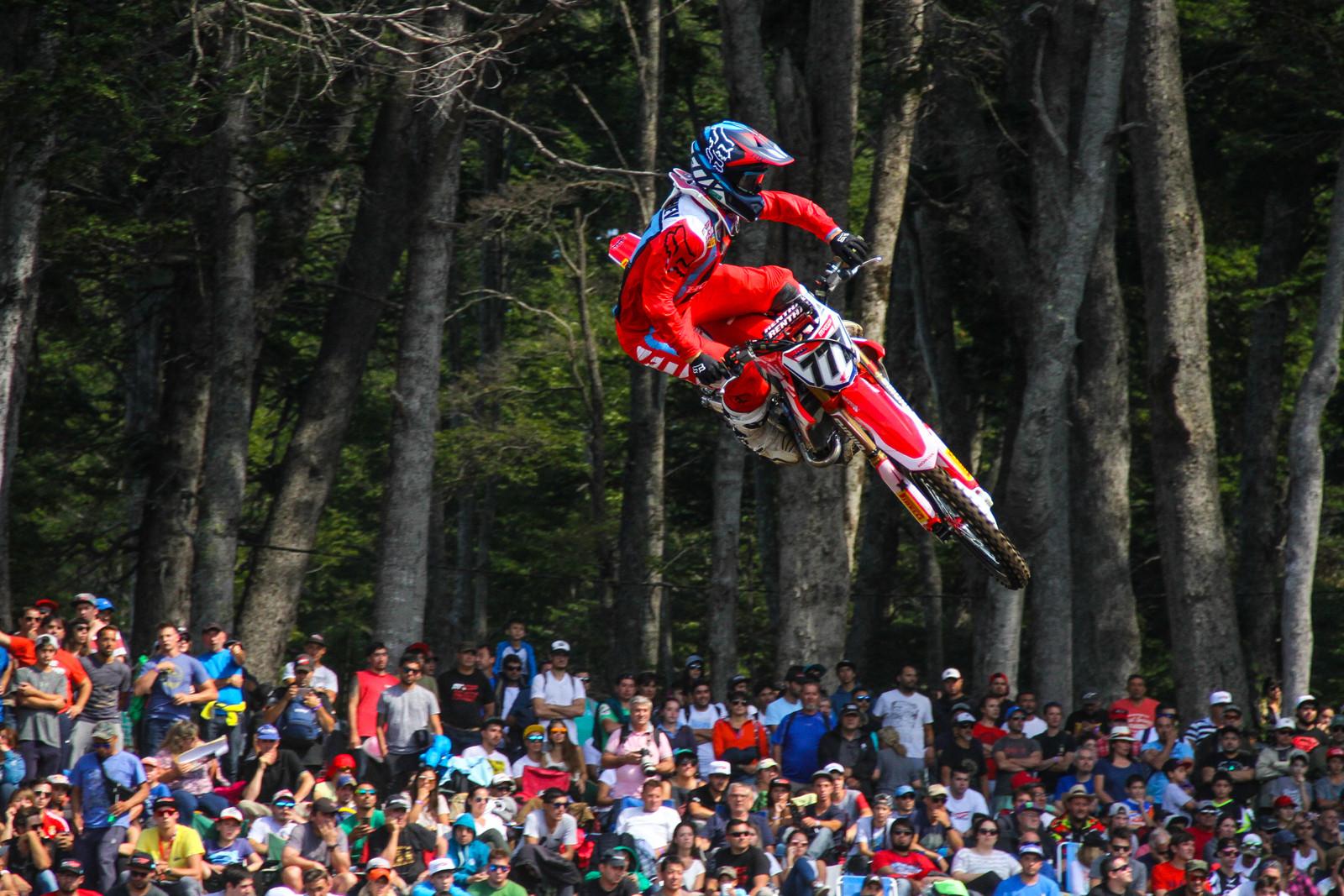 Evgeny Bobryshev - Photo Blast: 2017 MXGP of Argentina - Motocross Pictures - Vital MX