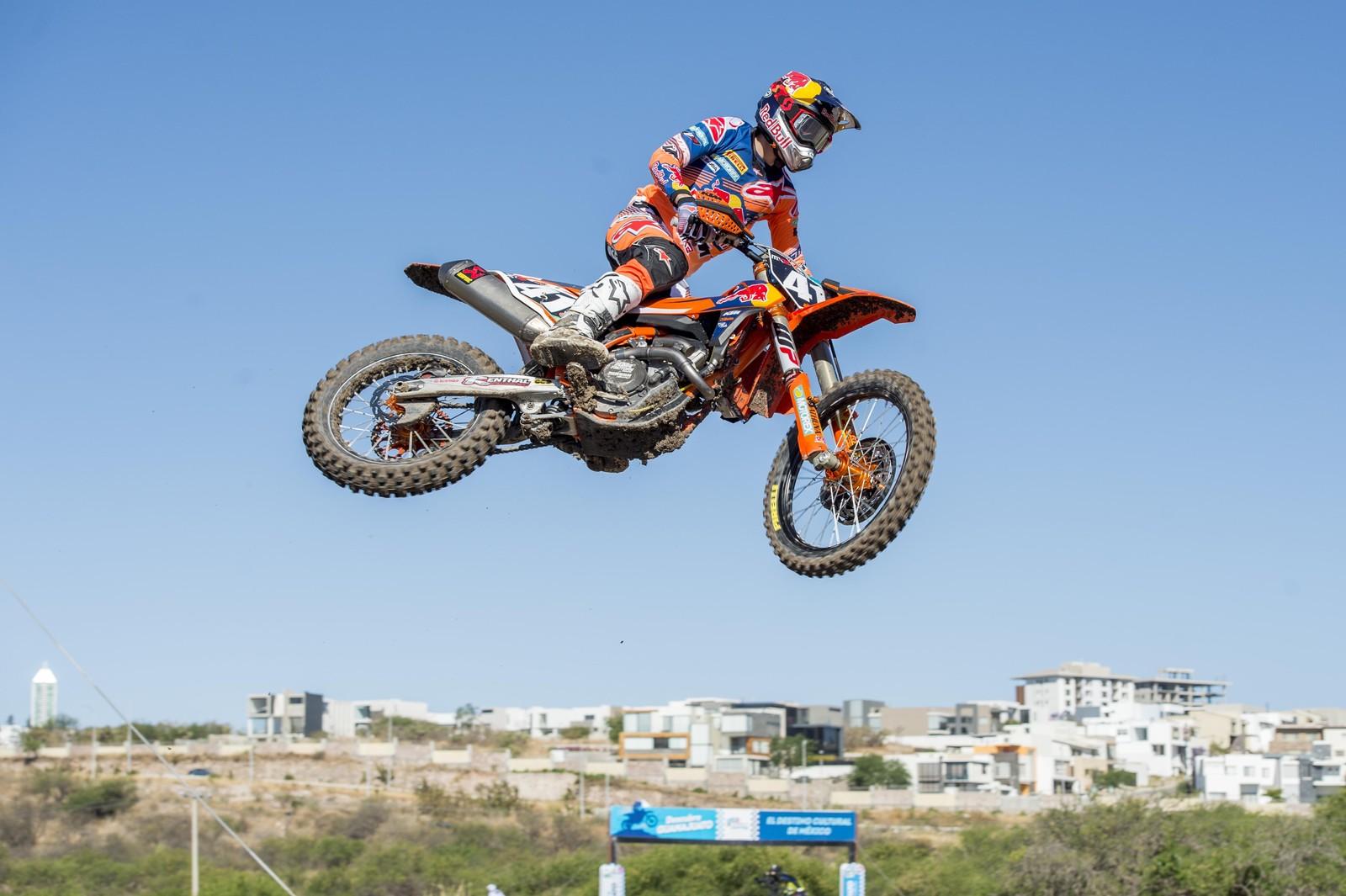 Pauls Jonass - Photo Blast: 2017 MXGP of Mexico - Motocross Pictures - Vital MX
